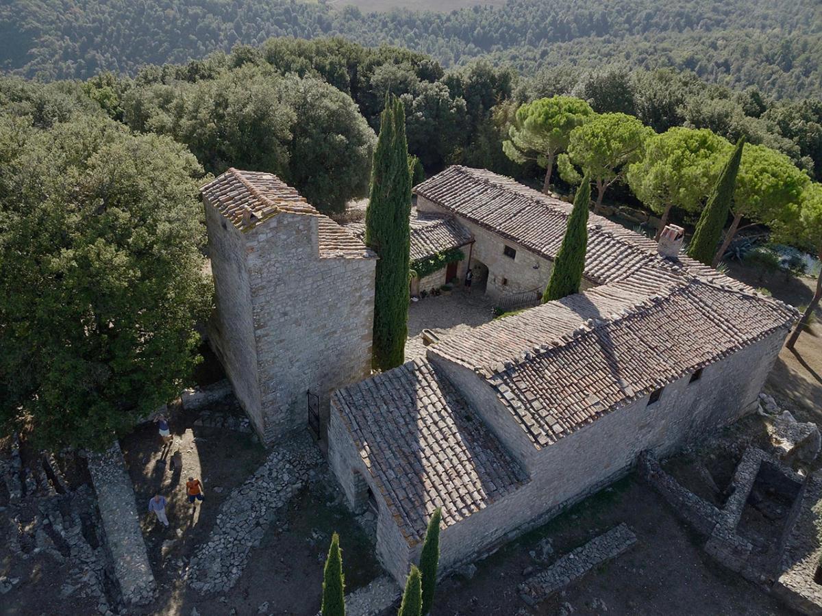 Tuscany-bike-tours-San-Vettore-1075-AC-monastery-5_(1)
